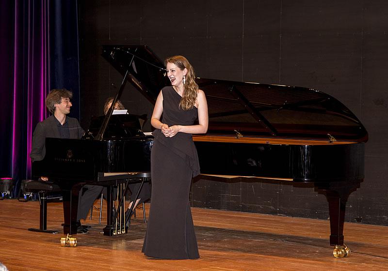 Anna Schaumlöffel (Mezzosopran)